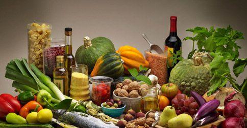 Dieta śródziemnomorska, warzywa, owoce, oliwa z oliwek