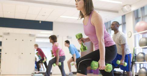 Cukrzyca typu 1 ołabia siłę miśni i utrudnia kontrolę glikemii
